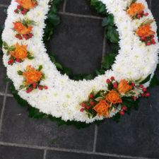 wreath orange and white